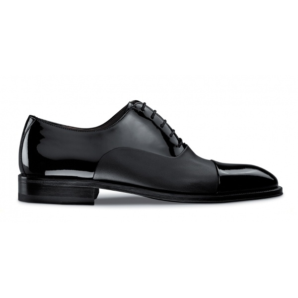 Magnanni shoes. I really need a pair of these the to different materials make th...