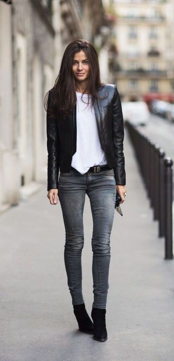 How To Style Jeans And Ankle Boots In Autumn Winter #Boots