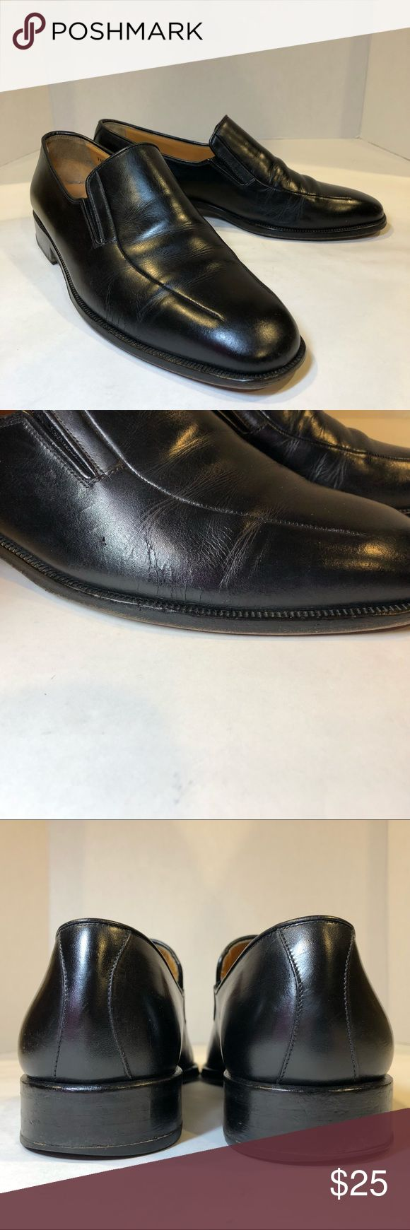 Magnanni-Black Dress Shoe Great shoe. Made in Spain. It has a lot of sole wear a...