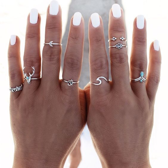 Trend to Try: Midi Rings See how to style this must-have accessory