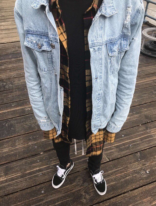 ** Streetwear daily - - - Check out our clothing label: www.instagram.com/thread...