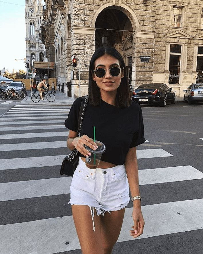 What to wear with jeans shorts in summer, #jeansshorts #summer #tragt