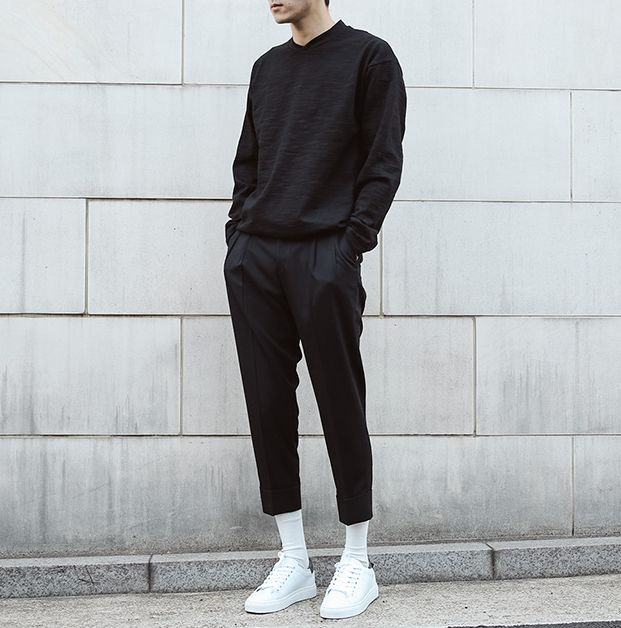 all black | casual outfit men | streetwear inspiration men | white sneakers | ur...