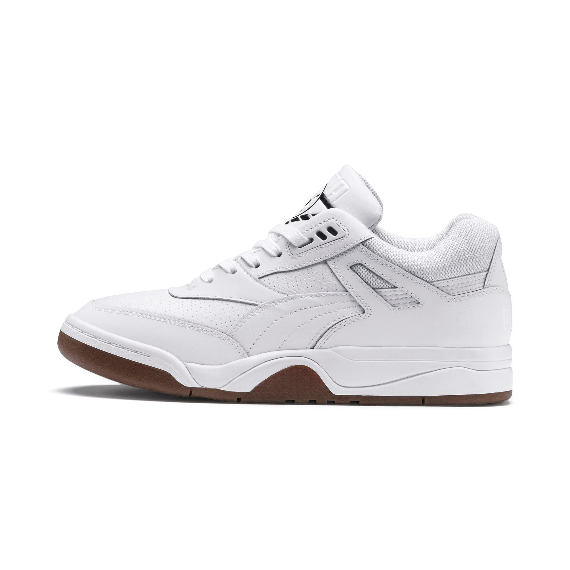 PUMA Palace Guard Men's Basketball Trainers in White/Gum size 10.5
