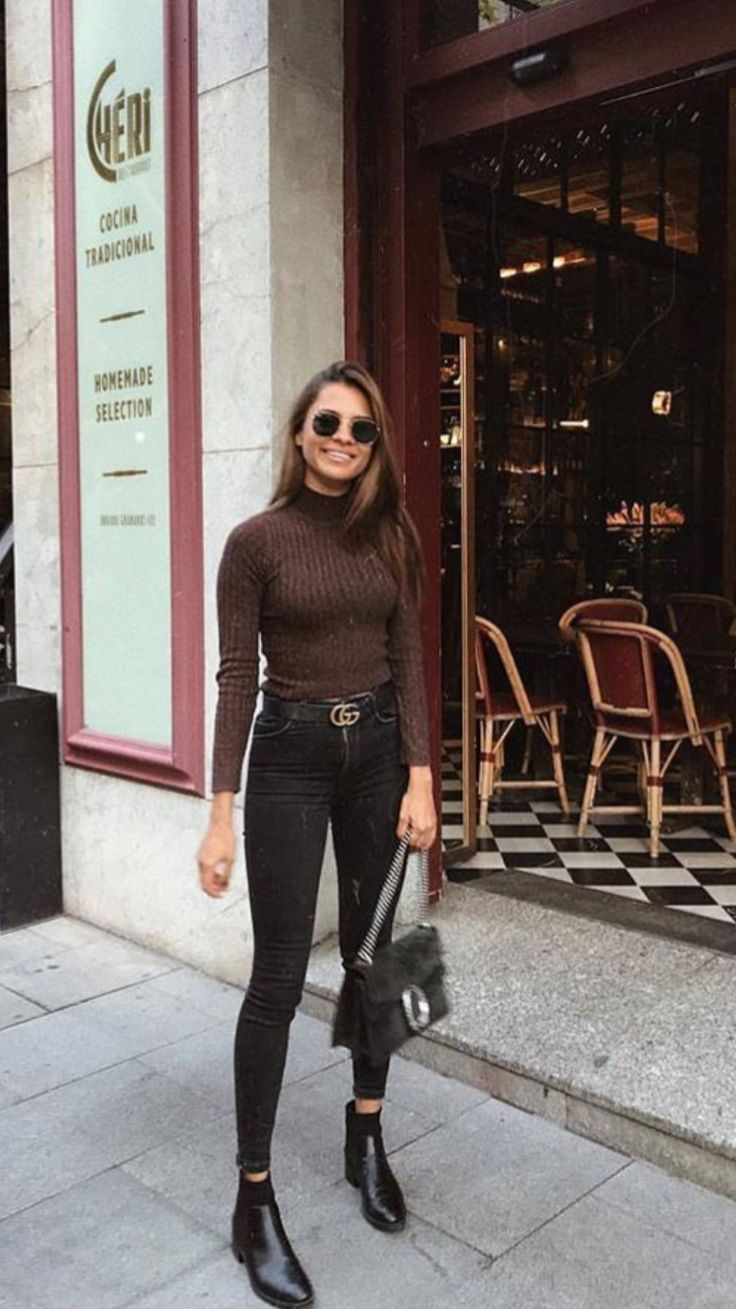 What to Wear with Jeans and Chelsea Boots? Over 50 best outfits