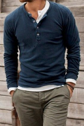 38 Stylish casual outfits for men that you can wear in the fall season.