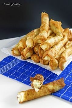 Homemade Börek are made fast. The delicious filled rolling pin ...