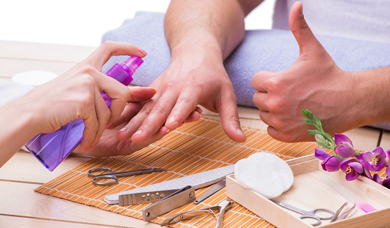 French Manicure Tips for Well-Groomed Men's Nails