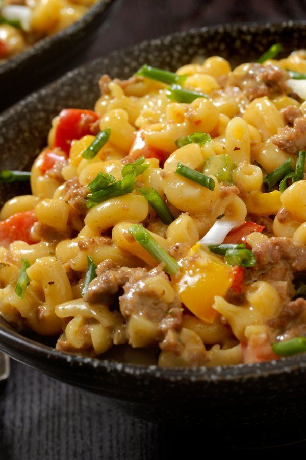 Pasta with creamy minced cheese sauce