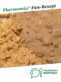 Minced meat with onion cheese sauce