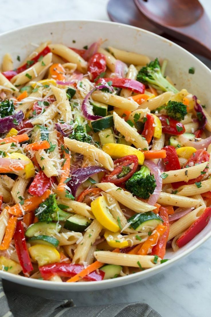 This Pasta Primavera recipe from Cooking Classy is part of the Cool Mom Picks We ... - Delicious food